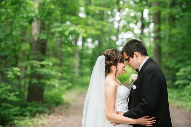 mariage-couple-cabane-constantin-steustache-laurentides