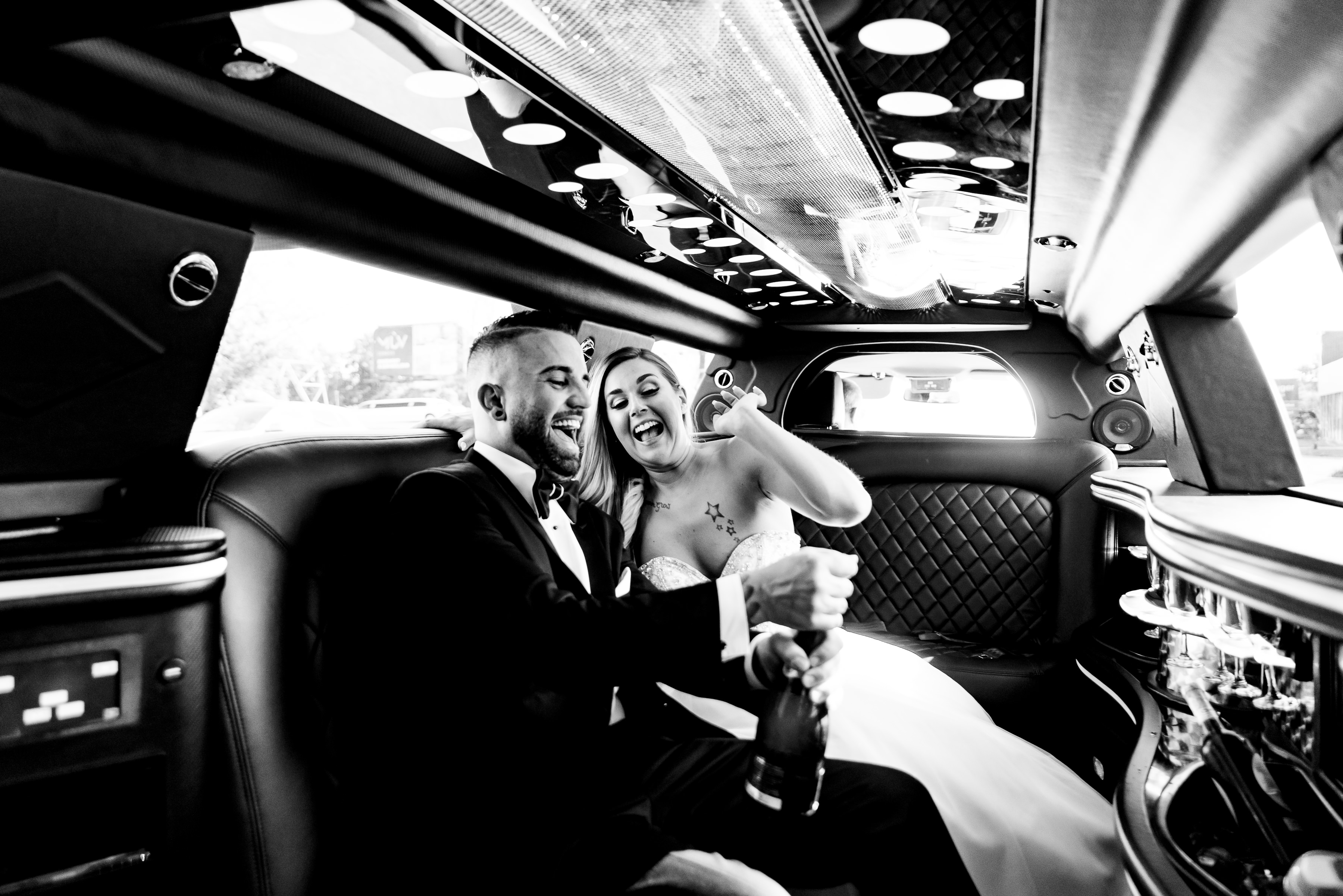 mariage-limousine-couple-reception-riviera-montreal