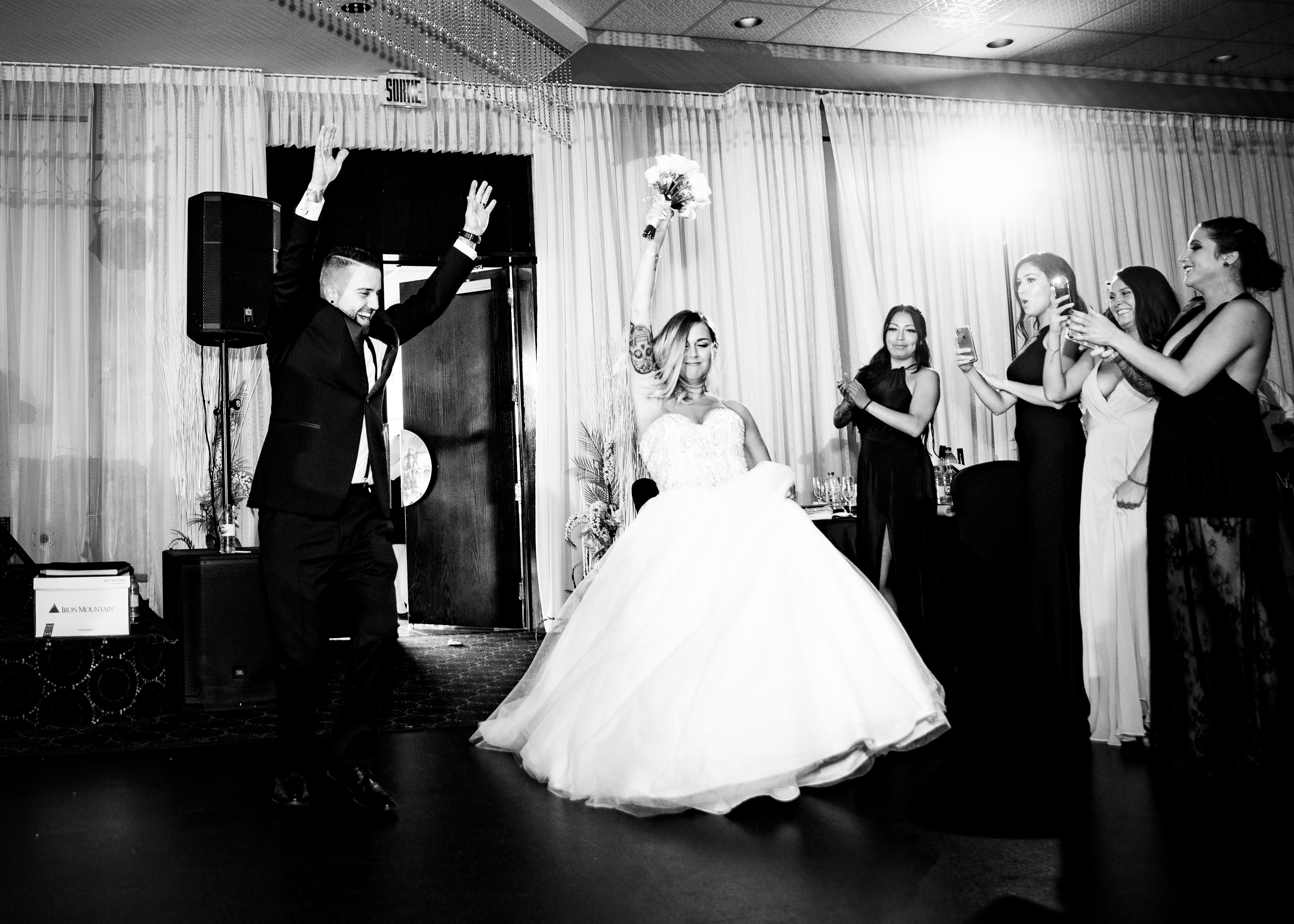 mariage-couple-reception-riviera-montreal
