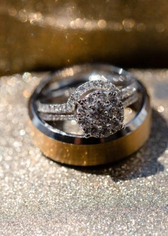 mariage-bague-details-royal-versailles-montreal
